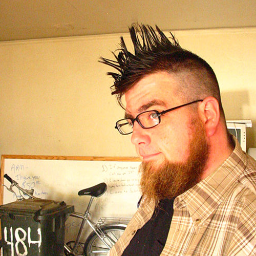 people_0011_500px-Mighty_Mike_McGee_With_Mohawk_2005-11-18.png